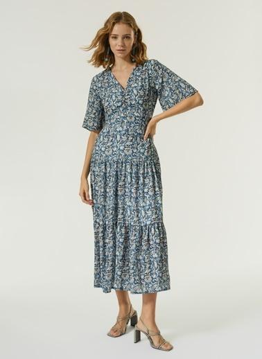 NGSTYLE Kadın Büzgü Detaylı Elbise NGKSS21EL0065 Mavi